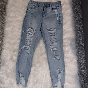 Cropped high rise jeans